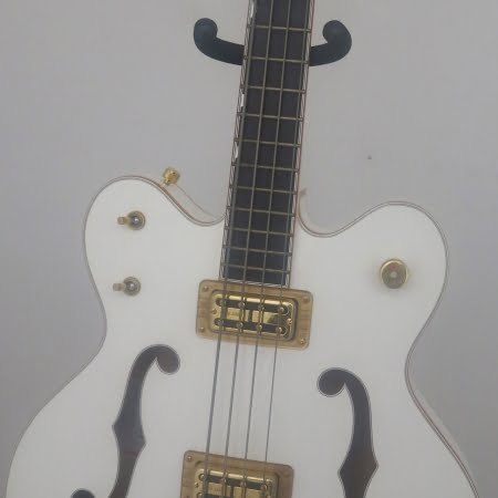 gretsch white falcon face